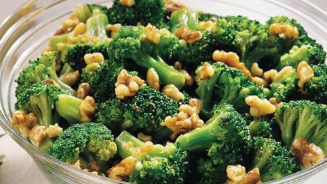 Broccoli with Walnut-Garlic Butter